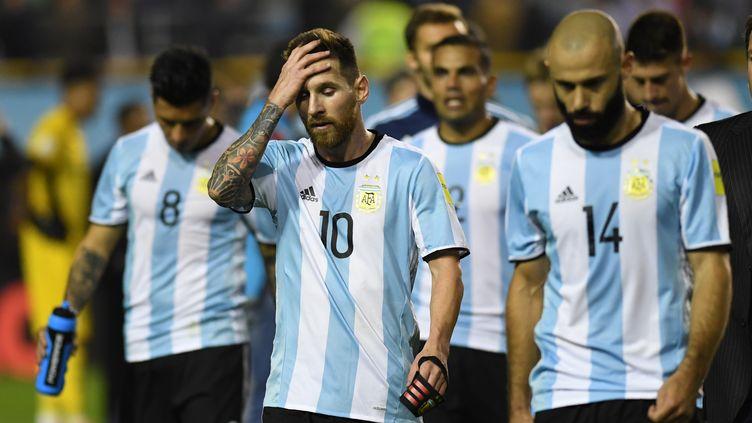 Toute la déception de Lionel Messi et de l'Argentine à la fin du match (EITAN ABRAMOVICH / AFP)