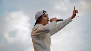 Le rappeur Moha La Squale lors d'un concertà Paris, le 8 février 2019. (DANIEL PIER / NURPHOTO / AFP)