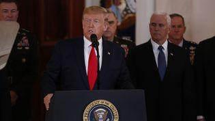 Donald Trump s'exprime à la Maison Blanche, le 8 janvier 2020, au sujet de tirs de missiles iraniens visant des soldats américains en Irak. (JIM BOURG / AFP)