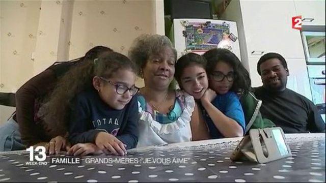 Fête des grands-mères : quel est leur rôle au sein de la famille ?
