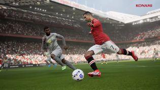 Manchester Unitedfait partie deséquipes licenciées d'eFootball. (KONAMI)