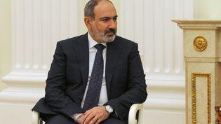 Le Premier ministre arménien,Nikol Pachinian, à Moscou (Russie), le 7 avril 2021. (ALEXEI DRUZHININ / AFP)