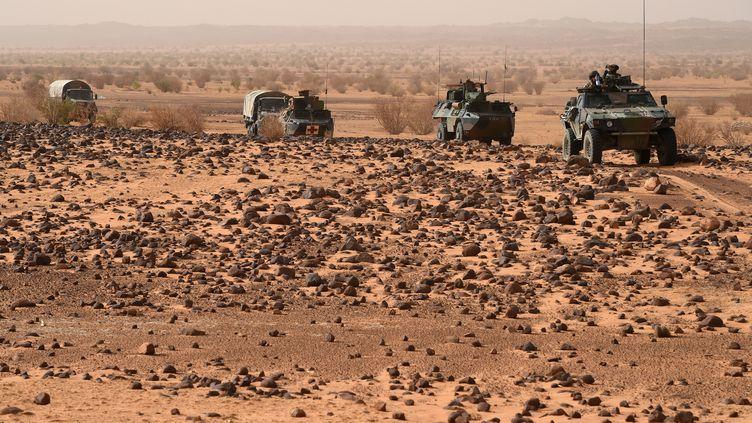Des soldats de l'armée française déployés dans le nord du Mali, le 5 juin 2015. (PHILIPPE DESMAZES / AFP)