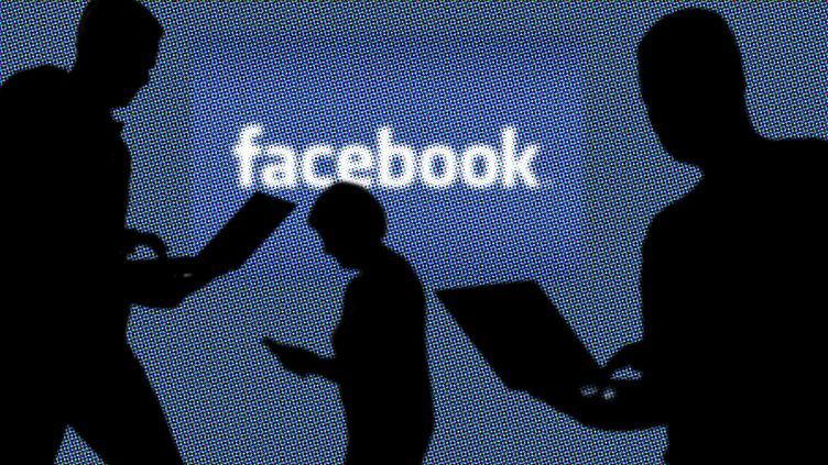 La firme Cambridge Analytica a exploité à leur insu les données Facebook de millions d'utilisateurs pour les utiliser à des fins politiques. (MAXPPP)