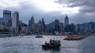 Vue de Hong Kong, le 17 octobre 2021. (BERTHA WANG / AFP)