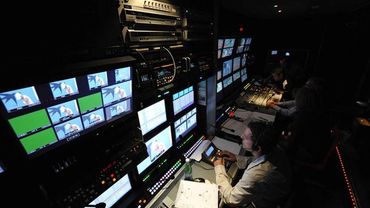 Le car régie de France télévisions à Roland-Garros