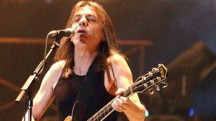 """Malcolm Young en 2009, lors de la tournée """"Black Ice World 2008-2009"""" de AC/DC  (MU1/WENN.COM/SIPA )"""