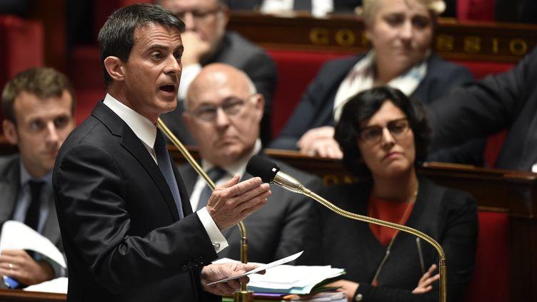 Le Premier ministre, Manuel Valls, lors de la séance de questions au gouvernement, le10 mai 2016 à l'Assemblée nationale. (ERIC FEFERBERG / AFP)