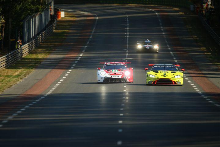 Porsche et Aston Martin en duel (FRANCOIS FLAMAND / DPPI MEDIA)