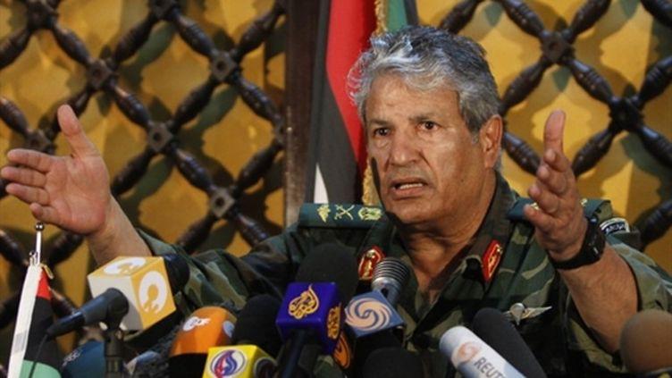 """Abdel Fattah Younès, le chef militaire des rebelles libyens, a dénoncé l'""""inaction"""" de l'OTAN (AFP - MAHMUD HAMS)"""