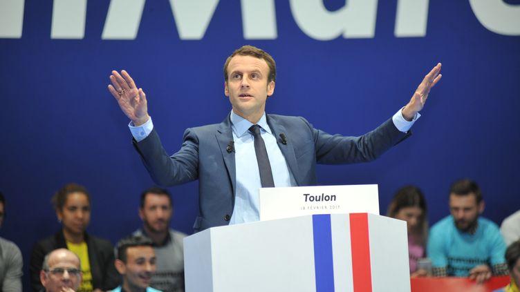 Emmanuel Macron lors d'un meeting du mouvement En Marche ! à Toulon (Var), le 18 février 2017. (GILLES BADER / CITIZENSIDE / AFP)