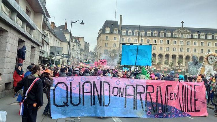 (La manifestation avait débuté dans la bonne humeur dans le centre de Rennes © RF / Romain Roux)