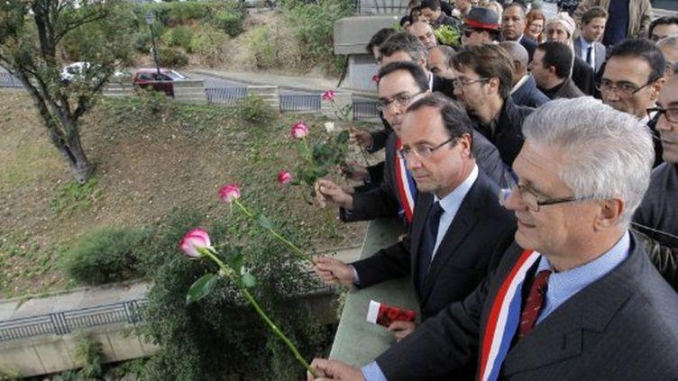 Hollande rend hommage aux victimes du 17 octobre 1961 (AFP)