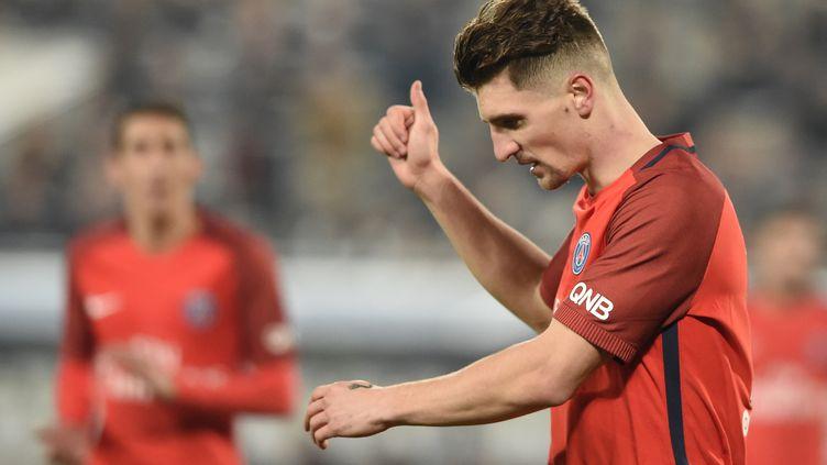 Thomas Meunier a défendu le bilan du PSG cette saison (NICOLAS TUCAT / AFP)