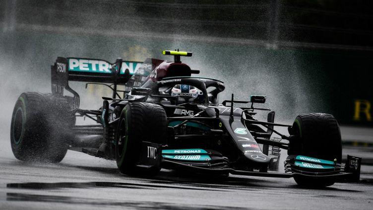 Valtteri Bottas lors des essais au Grand Prix de Sotchi, le 25 septembre 2021. (VLADIMIR ASTAPKOVICH / SPUTNIK)