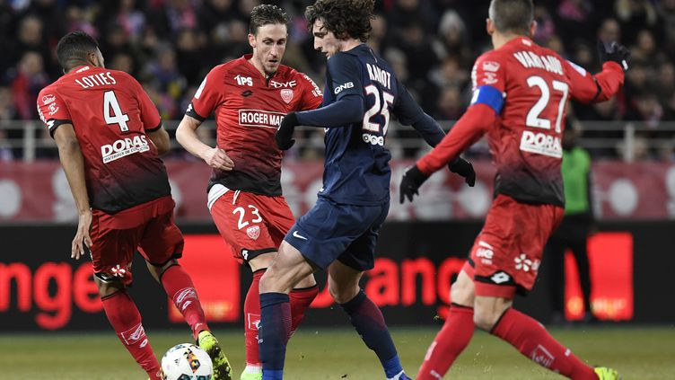 PSG - Dijon, en février dernier.  (PHILIPPE DESMAZES / AFP)