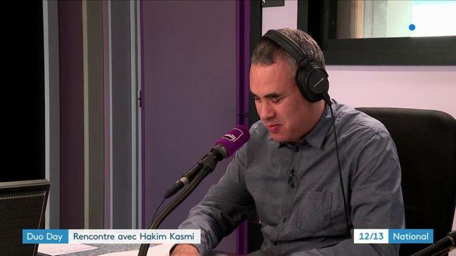 Handicap au travail : rencontre avec Hakim Kasmi, journaliste non-voyant à France Culture