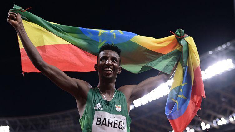 L'Ethiopien Selemon Barega, champion olympique du 10 000 mètres. (JAVIER SORIANO / AFP)