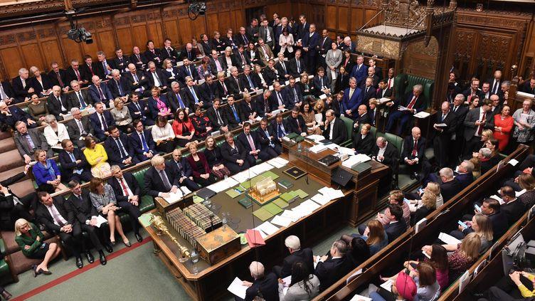 Les députés britanniques réunis à la Chambre des communes pour voter sur l'accord de Brexit conclu avec Bruxelles, le 19 octobre 2019 à Londres (Royaume-Uni). (JESSICA TAYLOR / UK PARLIAMENT / AFP)