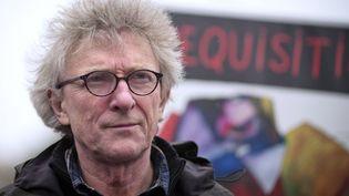 Jean-Baptiste Eyraud, porte-parole du Droit au logement, manifeste contre le mal-logement le 27 octobre 2012, à Paris. (JOEL SAGET / AFP)