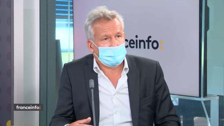 Bertrand Godinot, directeur d'Easyjet en France et aux Pays Bas, invité de franceinfo lundi 7 juin 2021. (FRANCEINFO / RADIO FRANCE)