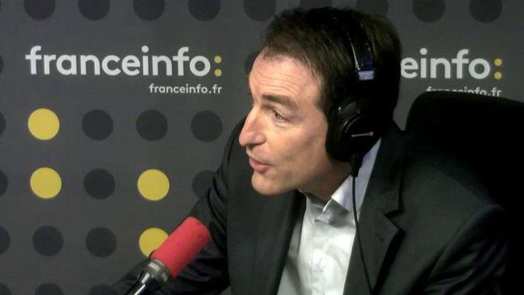 Bernard Thibaud, secrétaire général du Secours catholique, invité de franceinfi le 17 novembre 2016. (RADIO FRANCE)