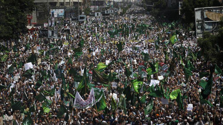Manifestation à Karachi (Pakistan), le 29 septembre 2012, contre le film américain anti-islam. (ATHAR HUSSAIN / REUTERS)