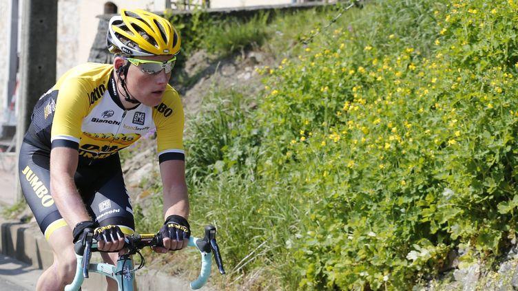 Mike Teunissen a pris le maillot jaune de leader (YUZURU SUNADA / BELGA MAG)