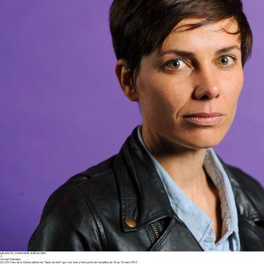 Sigolène Vinson, le 17 mars 2012, lors de la 32e edition du Salon du livre à Paris. (BALTEL / LAMACHERE AURELIE / SIPA)