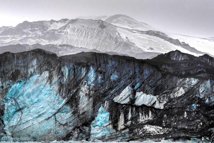 """""""Inspiration"""" - Ile de la Deception, Shetland du Sud (©Thierry Suzan)"""