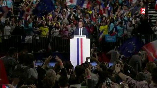 VIDEO. Perben, Dutreil, Delevoye : quand Emmanuel Macron séduit la droite