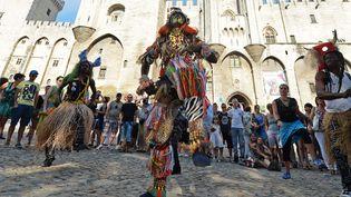 La grande parade du Off d'Avignon 2013, le 7 juillet  (Boris Horvat / AFP)