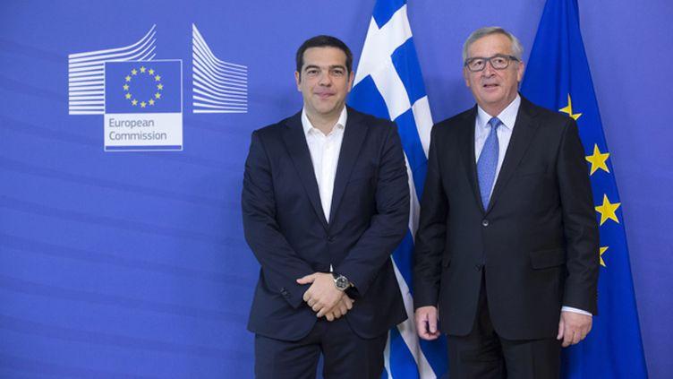 (Alexis Tsipras, le Premier ministre grec, et Jean-Claude Junker, le président de la Commission européenne, le 22 juin 2015 © Maxppp)