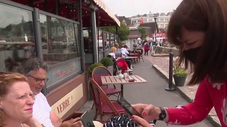 Pass sanitaire : les restaurants du Calvados anticipent (France 2)