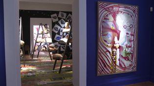 Dans une expo foisonnante, Barthélémy Toguo peint, sculpte, dessine l'humain. (France 3 Côte d'Azur)