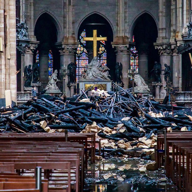 L'intérieur de Notre-Dame de Paris, le 16 avril 2019. (CHRISTOPHE PETIT TESSON / AFP)