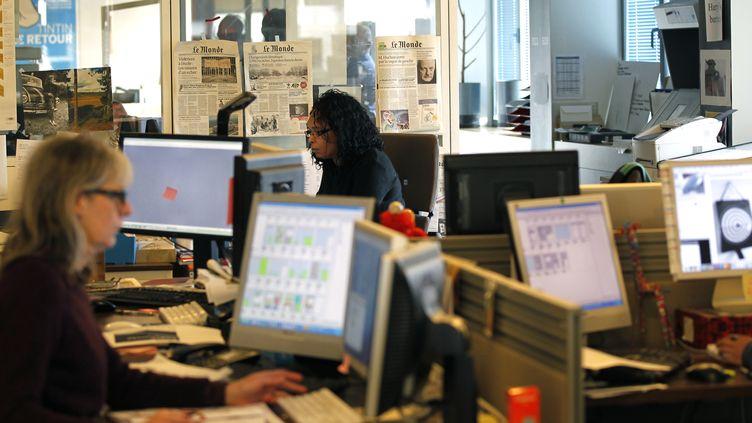 (La rédaction du journal Le Monde © REUTERS / Charles Platiau)