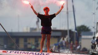 Le navigateur franco-suisse Laurent Bourgnon après sa victoire dans la Route du rhum, en 1994, à Pointe-à-Pitre, en Guadeloupe. (PHILIPPE MILLEREAU / AFP)