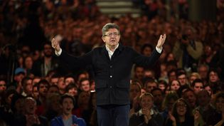 Le candidat de la France insoumise, Jean-Luc Mélenchon, ci-contre en meeeting à Lille le 12 avril. (FRANCOIS LO PRESTI / AFP)