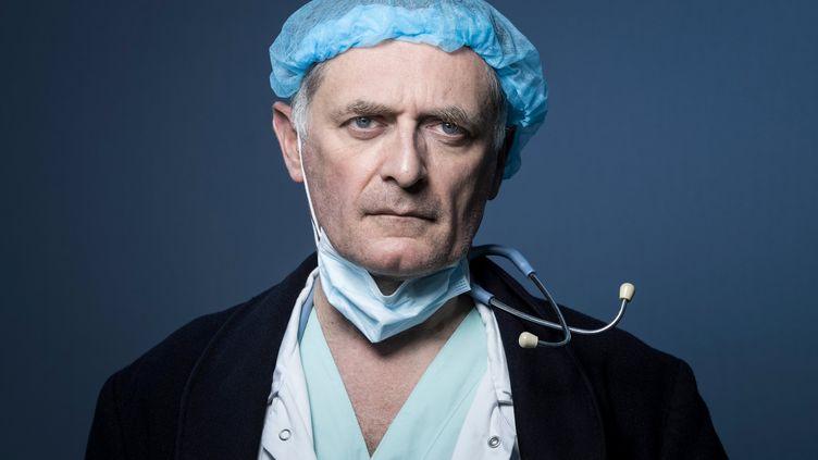 Le chef du service des urgences de l'hôpital Georges Pompidou à Paris, Philippe Juvin, le 3 avril 2020. (JOEL SAGET / AFP)