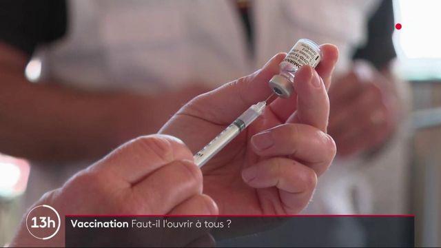 Covid-19 : des élus et des médecins veulent ouvrir la vaccination à tous les volontaires