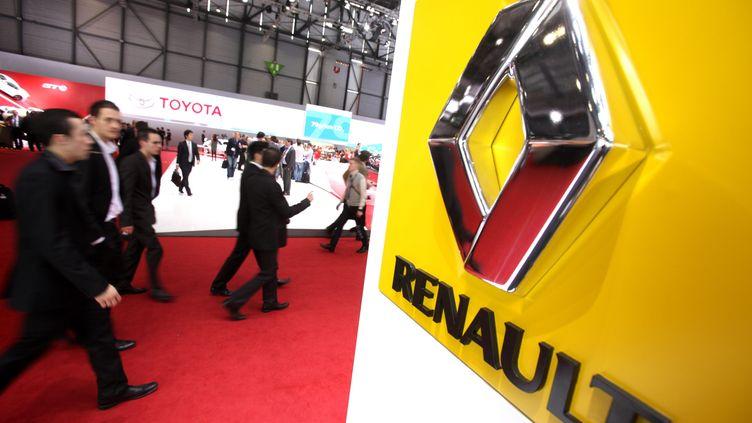 Le stand Renault au Salon de l'automobile à Genève (Suisse), le 6 mars 2012. (LIONEL VADAM / L'ALSACE / MAXPPP)