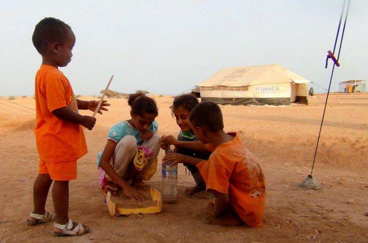 Des enfants yéménites dans un camp de réfugiés à Djibouti en mai 2015. (AFP/ Anadolu Agency/ Wail Shaif Thabit)