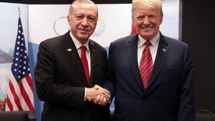 Recep Tayyip Erdogan et Donald Trump, lors du la réunion du G20, à Buenos Aires (Argentine), le 1er décembre 2018. (MURAT CETINMUHURDAR / TURKISH PRESIDENTIAL PRESS SERVI)