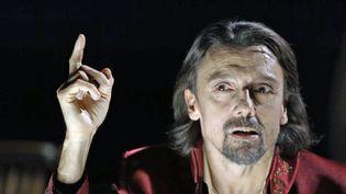 """Stanislas Nordey dans """"Mithridate"""" au Théâtre National de Strasbourg (TNS / Culturebox /  La compagnie des Indes)"""