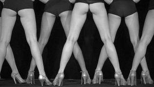 Jeux de jambes au Crazy Horse  (Antoine Poupel)