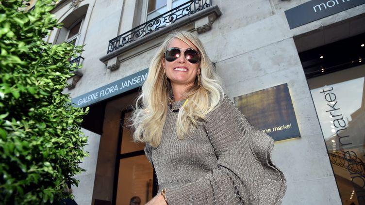 Laeticia Hallyday à la sortie du cabinet de son avocat, à Paris, le 9 octobre 2018. (MAXPPP)