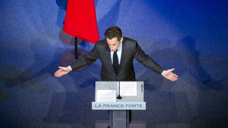 Nicolas Sarkozy à Toulon le 3 mai (LIONEL BONAVENTURE / AFP)