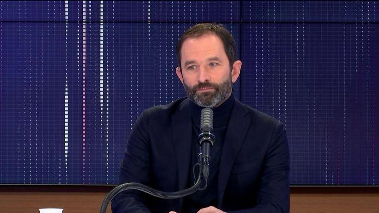 """Benoît Hamon, fondateur de Génération·s, était l'invité du """"8h30 franceinfo"""", dimanche 11 avril 2021.  (FRANCEINFO / RADIO FRANCE)"""