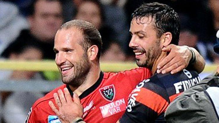 Frédéric Michalak, sous le maillot de Toulon, et Clément Poitrenaud, sous le maillot de Toulouse, lors du match aller